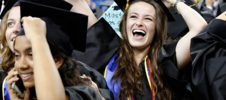 Commencement-2015-students-happy_mid