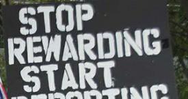 anti-immigration+sign_thmb