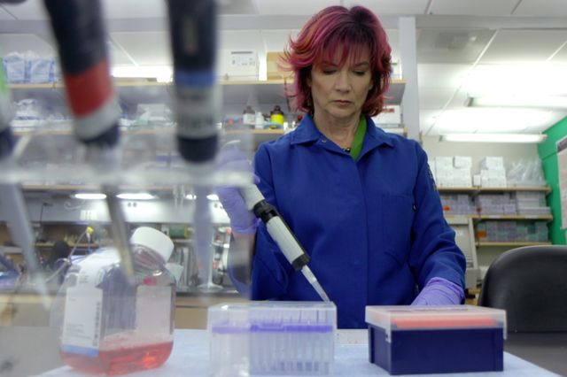 Rachelle Crosbie-Watson in her lab at UCLA.