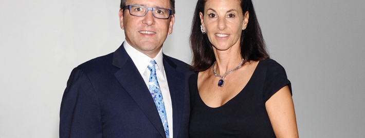 Photo of Anthony and Jeanne Pritzker.